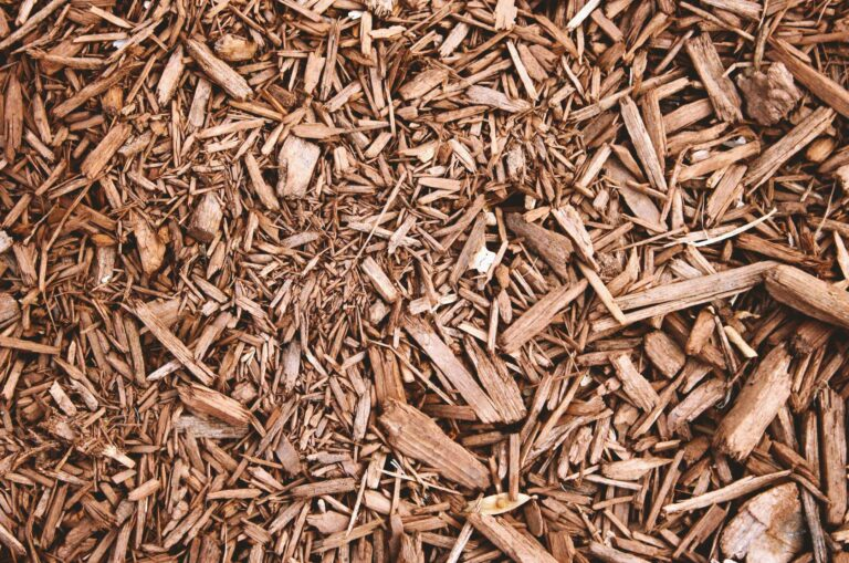 Light brown mulch for Landscape & Flowerbed Mulching